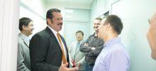 Приезд руководителя компании Alcon Roy Akosta в клинику 2014