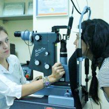 Сеанс лазерного лечения, офтальмохирург   Яфясова А.Ф.